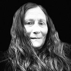 Photo of author Lillian Eyre